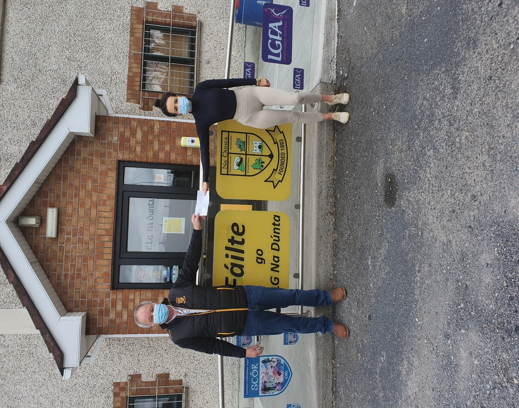 Pictured above is Katie Crowley accepting the Jackpot winning prize for The Downs Online Bingo for Friday May 7th